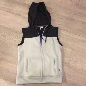 Rip Curl anti series women's vest in size 6